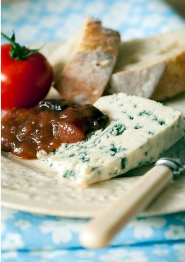 Food photography Example - stilton and chutney close up on cheese board